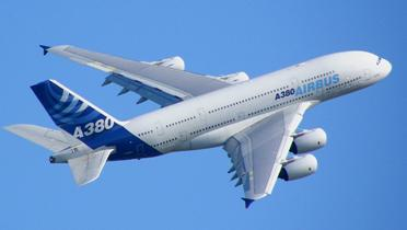 Airbus_A380_By_Axwel