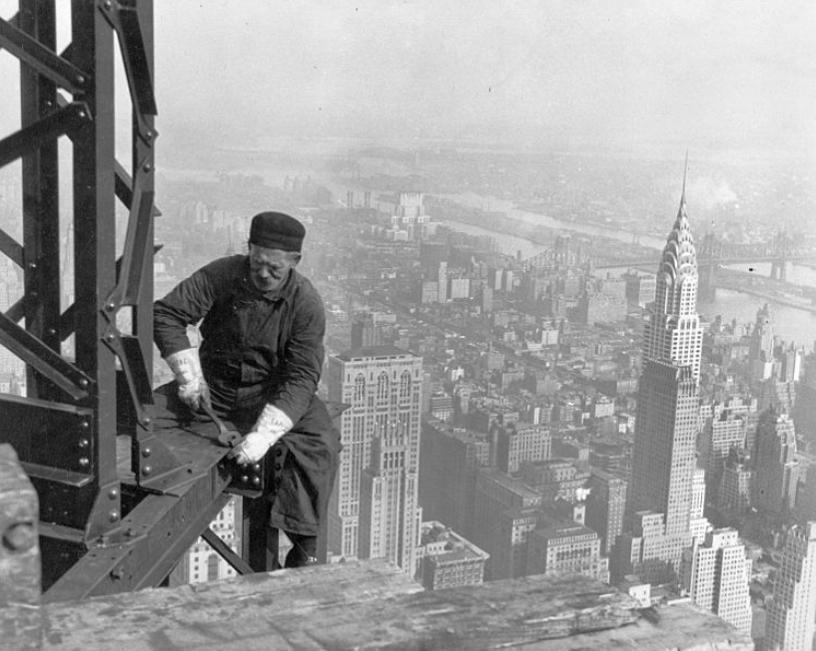 Old_timer_structural_worker_by_Lewis_Hine
