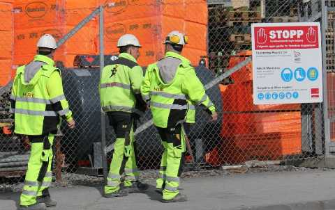 securite-sur-chantier-illustration-hommes-metiers